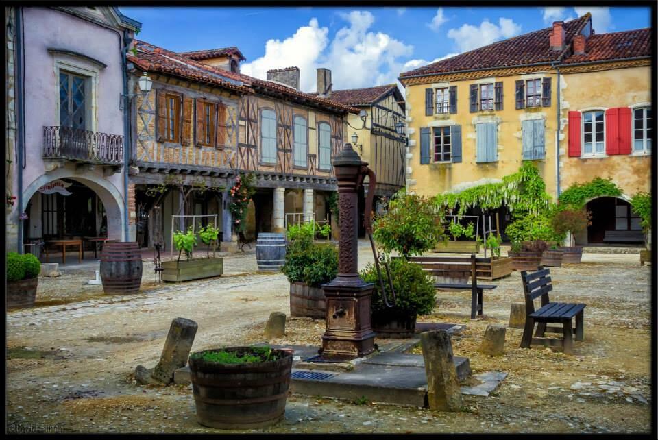 Place Médiévale